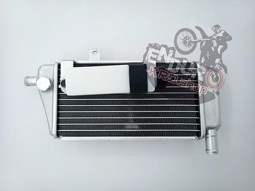 03.06.0343 - Радиатор левый CR250-300 CBS/NC